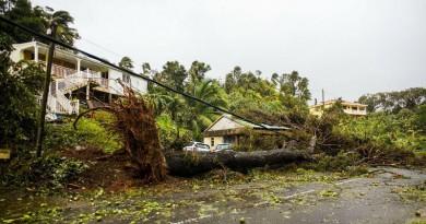 """إعصار """"ماريا"""" يقتل 25 على الأقل في جزر الكاريبي"""