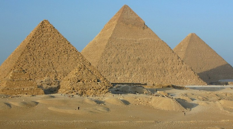 حل اللغز الأعظم.. علماء يكشفون سر بناء الأهرامات