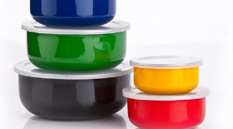 9 نصائح من أجل مطبخ آمن خال من البلاستيك