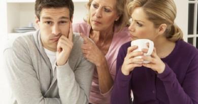 دراسة: الإقامة مع الحماة تؤثر على فرصة الزوجة في الإنجاب