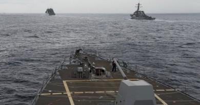 """""""موت بطيء"""" يواجه البحرية الأمريكية"""