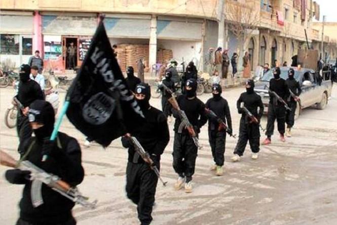 """وزير: مسلحو تنظيم """"داعش"""" البريطانيون يجب قتلهم"""