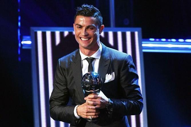 اختلافات جوهرية بين جائزة الأفضل والكرة الذهبية