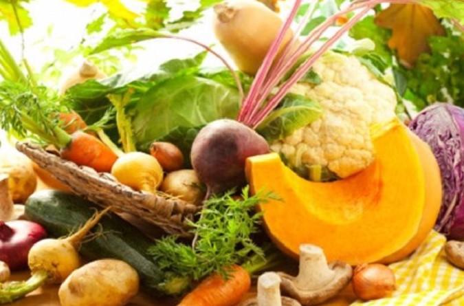 الإفراط في الفاكهة والمسكرات يؤذي القلب