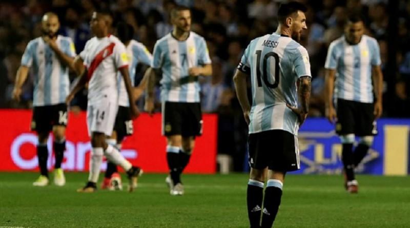 الأرجنتين تترنح.. وميسي مهدد بالغياب عن المونديال