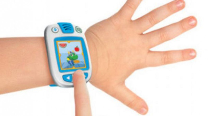 دراسة: ساعات الأطفال الذكية تعرضهم لخطر داهم