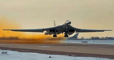 """روسيا تطور قاذفة """"تو-160 أم 2"""" الاستراتيجية"""