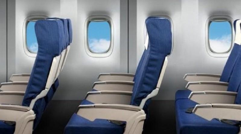 حيلة ذكية لحجز صف كامل بسعر مقعد واحد في الطائرة