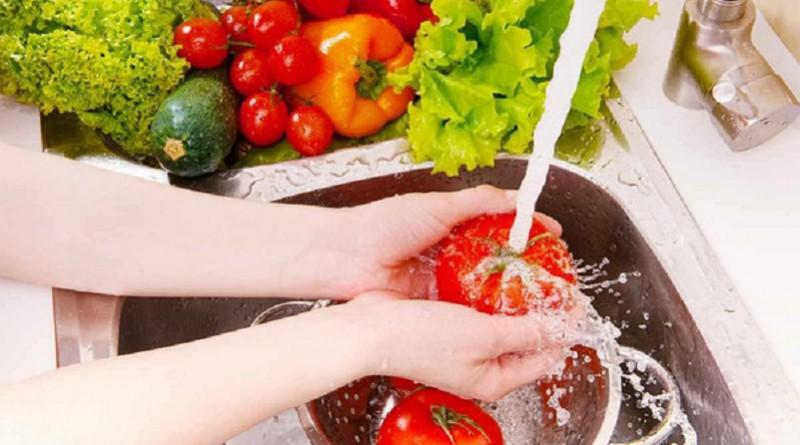 دراسة: تلوث الفاكهة والخضر بالمبيدات الحشرية يؤثر على خصوبة النساء