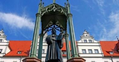 لماذا تعيش أفكار مارتن لوثر منذ 500 عام حتى الآن؟