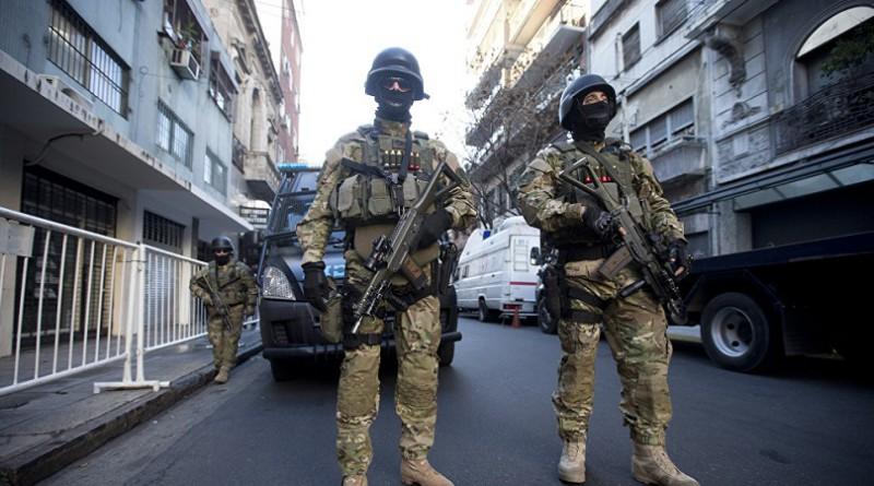 القبض على مسلح حاول الدخول إلى مقر إقامة رئيس الأرجنتين