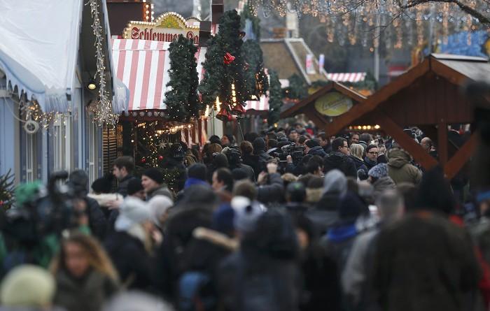 العثور على كميات كبيرة من الذخيرة بالقرب من سوق لعيد الميلاد في برلين