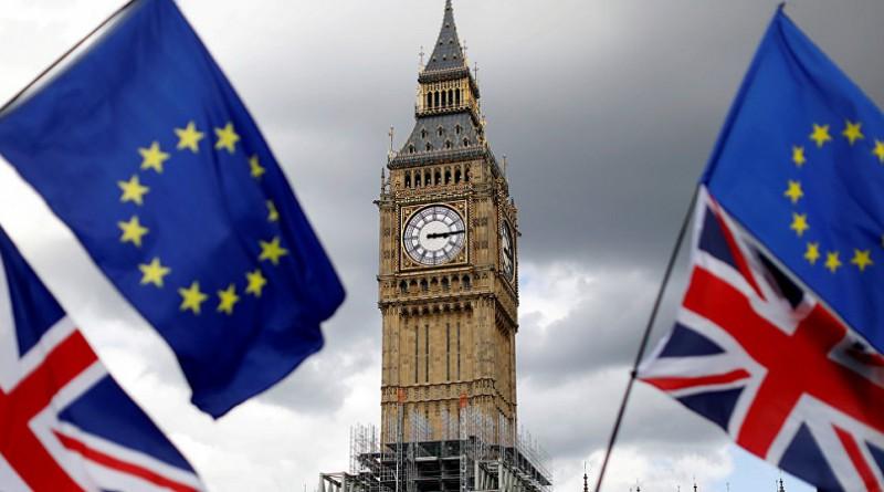 المعارضة البريطانية تؤيد الإبقاء على علاقات تجارية وثيقة مع الاتحاد الأوروبي بعد الخروج