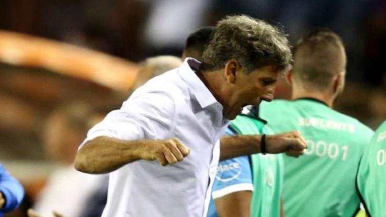 مدرب جريميو يحلم بإنجاز شخصي في كأس العالم للأندية