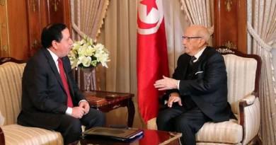 وزير خارجية تونس: أخبرتهم بأن تونس ليست جزءا من الإمارات!