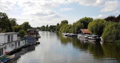 المجتمعات المنعزلة التي تعيش على جزر نهر التيمز في لندن