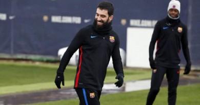 برشلونة يعلن تفاصيل رحيل أردا توران