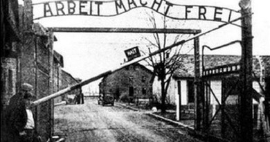 """بوادر أزمة دبلوماسية بين إسرائيل وبولندا بسبب """"قانون المحرقة"""""""