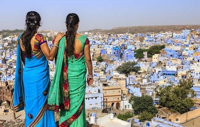 """الهند.. أكثر من 63 مليون فتاة وامرأة """"مخفية"""""""