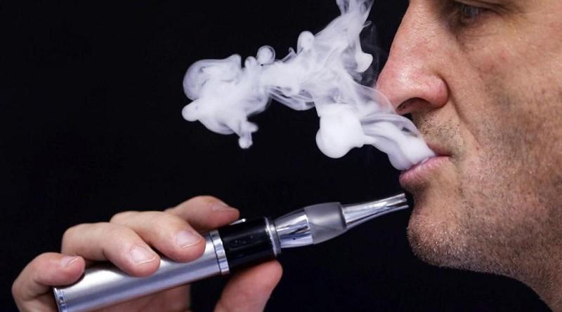 """دراسة: السجائر الإلكترونية تزيد """"خطر السرطان"""""""