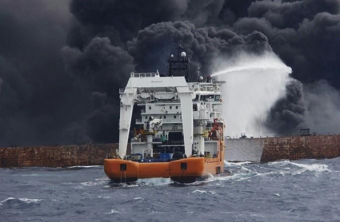 الصين.. العثور على جثتين تابعتين لطاقم السفينة الإيرانية المشتعلة والصندوق الأسود