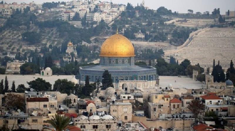 هآرتس: لا داعي للفرح بنقل السفارة الأمريكية إلى القدس