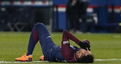 """تقرير.. إصابة نيمار تهز أروقة """"حديقة الأمراء"""" قبل موقعة ريال مدريد"""