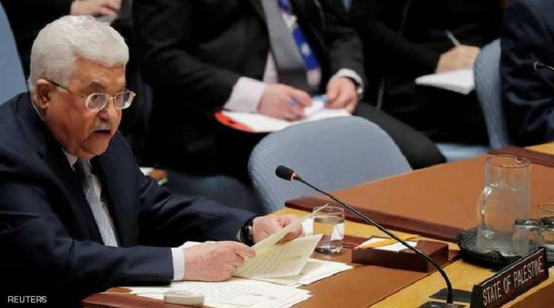 عباس يعرض مبادرة فلسطينية بعد قرار ترامب