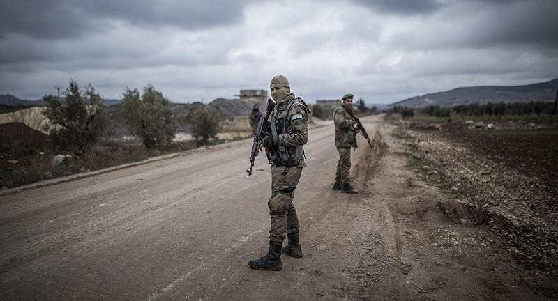 """صحيفة تكشف """"الدافع الخفي"""" وراء الضربة الأمريكية في سوريا"""