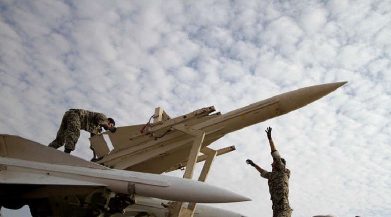 مسؤول: الكثير من الصواريخ الباليستية يمكن أن توجه نحو إسرائيل!