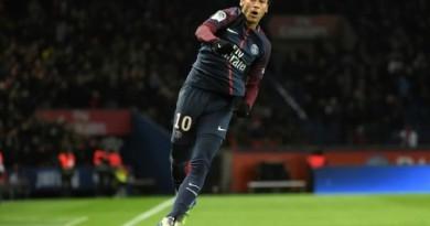 نيمار يغيب عن باريس سان جيرمان أمام سوشو في كأس فرنسا
