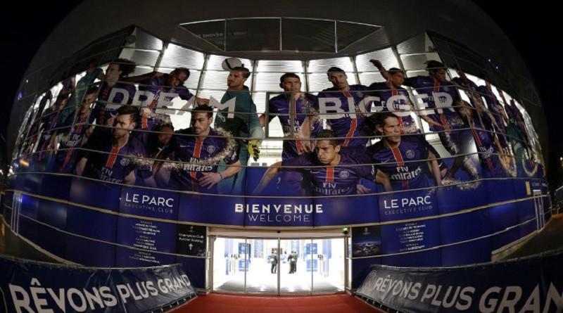 """""""بارك دي برانس"""": الملعب مصدر العائدات والعلاقات العامة"""