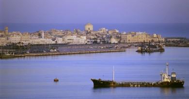 الخارجية الليبية تنفي اختطاف دبلوماسي مصري