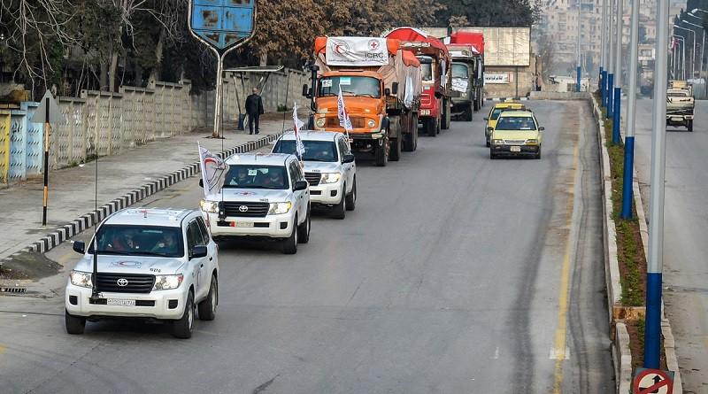 الجيش التركي يستهدف قافلة المساعدات الإنسانية المتوجهة لعفرين