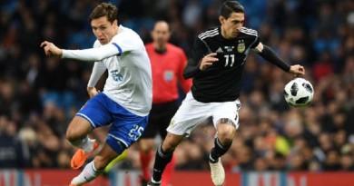 الأرجنتين تحقق فوز مميز على إيطاليا رغم غياب ميسي