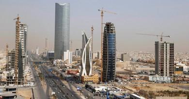 خبير سعودي يوضح أسباب انخفاض تحويلات العمالة الأجنبية من المملكة