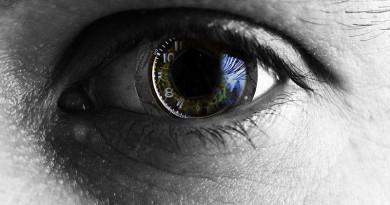 علماء يعلنون ابتكار تقنية تساعد على إعادة البصر
