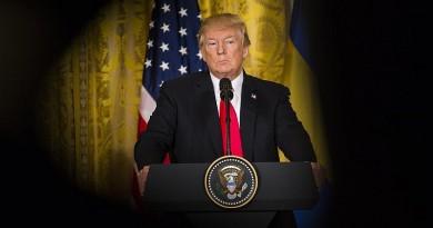 ترامب ينهي اجتماعه بمستشاريه دون قرار نهائي بشأن سوريا
