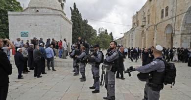 المستوطنون يتبجحون ويقتحمون المسجد الأقصى