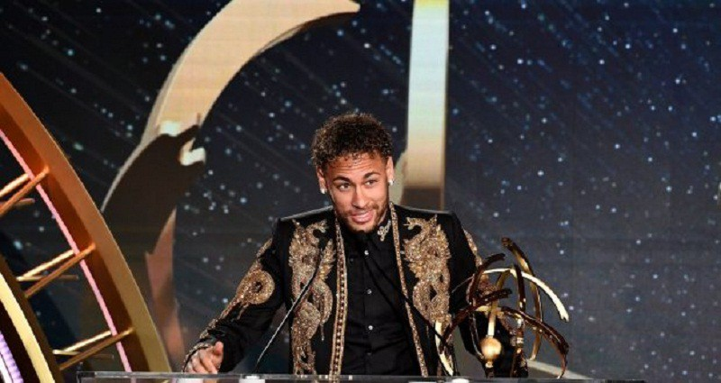 نيمار يتوج بجائزة أفضل لاعب في الدوري الفرنسي