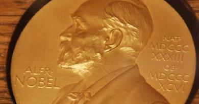حجب جائزة نوبل للآداب بسبب فضائح جنسية تطال نوبل وأوسكار