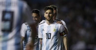 ميسي يتألق ويقود الأرجنتين لفوز كبير على هاييتي