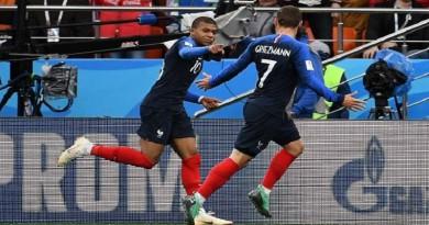 فرنسا تتأهل للدور الثاني والبيرو تودع البطولة
