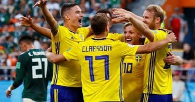 السويد تسحق المكسيك وترافقها إلى ثمن النهائي