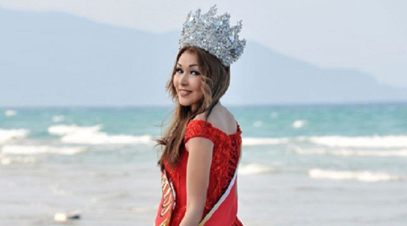 بالفيديو...مصرع حاملة لقب ملكة جمال العالم