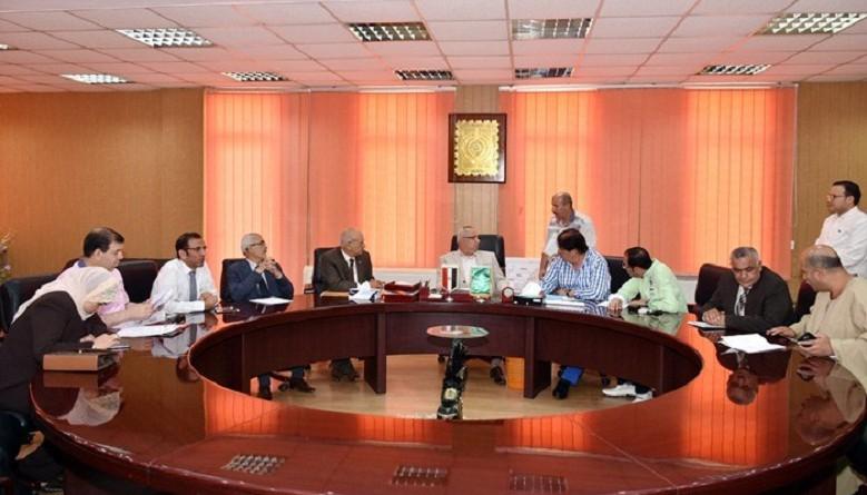 خالد سعيد يلتقي بأعضاء مجلس النواب بالمحافظة