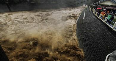 ارتفاع ضحايا الفيضانات والعواصف فى نيجيريا