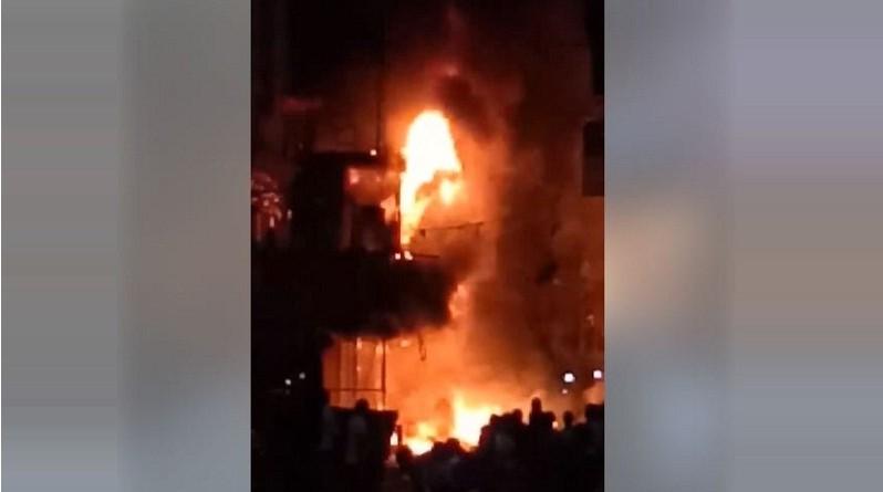 حريق هائل بالموسكى يلتهم مول مكون من 6 طوابق