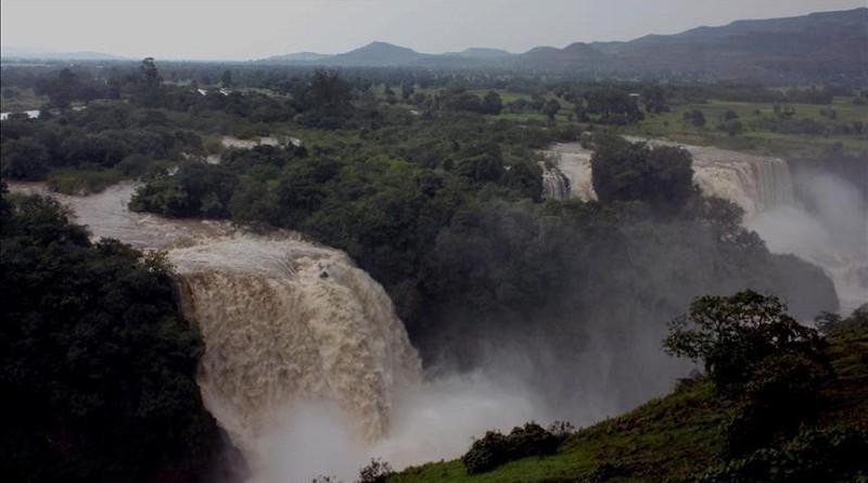 """قالت مسؤولة حكومية بمصر، الأحد، إن مصر تسعى إلى اتفاق مع إثيوبيا بشأن قواعد ملء وتشغيل سد """"النهضة""""، الذي تبنيه أديس أبابا على نهر النيل"""
