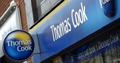 """توماس كوك"" تسحب زبائنها من فندق بمصر توفي فيه سائحان بريطانيان"